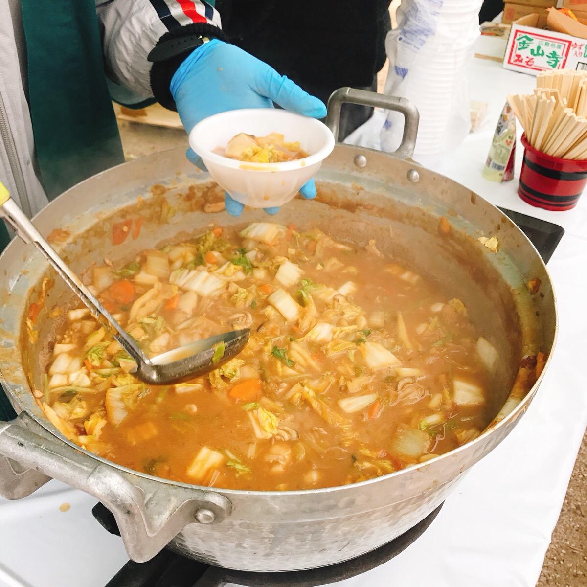 牡蠣祭り 宮島牡蠣祭り 牡蠣鍋 牡蠣の土手鍋 大鍋